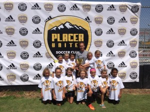 U9 Girls Champ_Placer Gold_w Coach